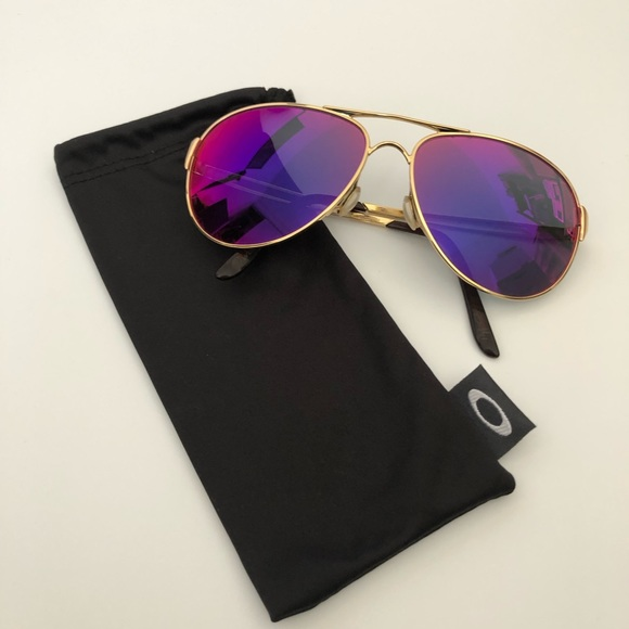 03736c32ec6b OAKLEY Women's Caveat Aviator Sunglasses. M_5cd87fcb8d6f1ac09627555c